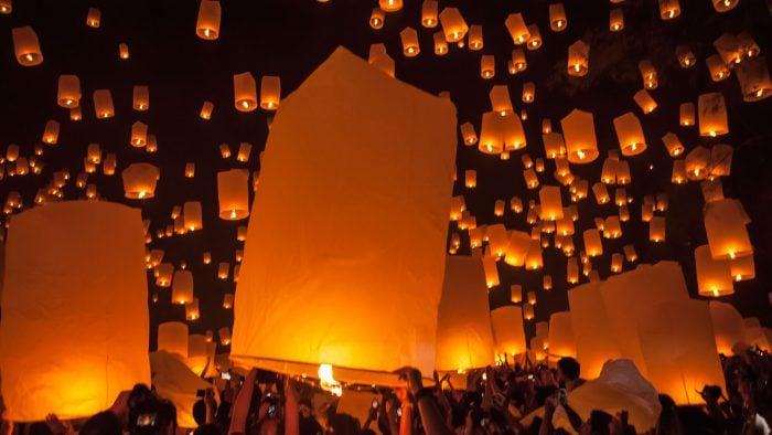 Sky-lanterns-2.jpg