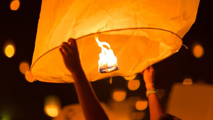 Sky-lanterns.jpg
