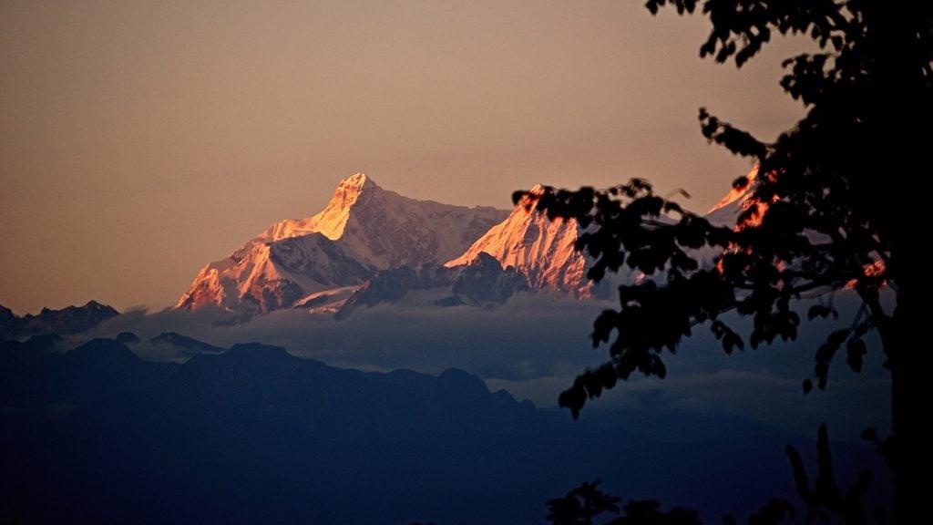 himalayas-sunset