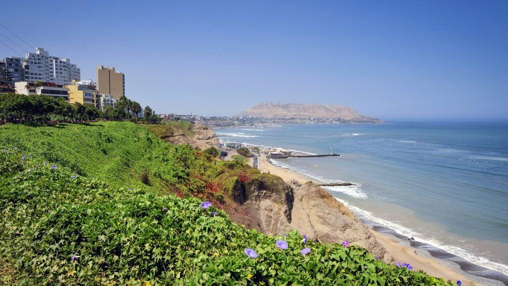 lima-green-coast-peru