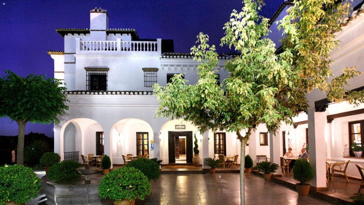 Barcel la bobadilla luxury hotel in malaga and the - Hotel bobadilla granada ...