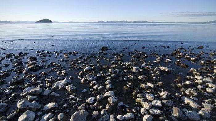 Taupo popular New Zealand lakes