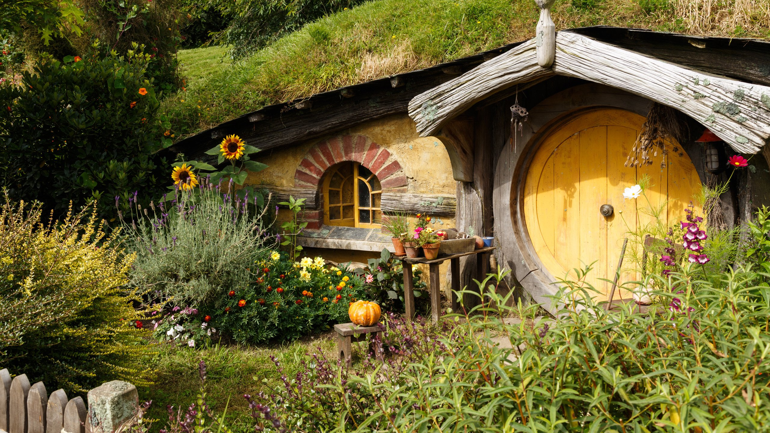 Into the world of the Lord of the Rings | Jacada Travel