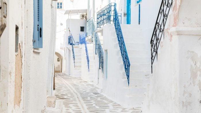 santorini-white-streets