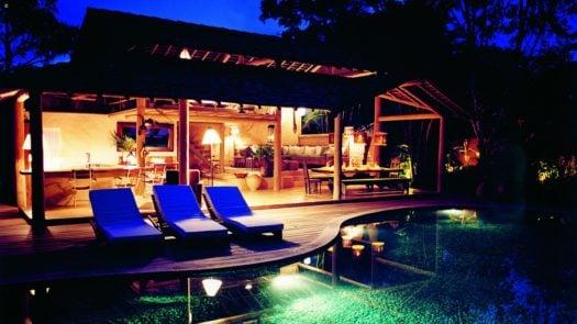 pool-uxua-trancoso-brazil