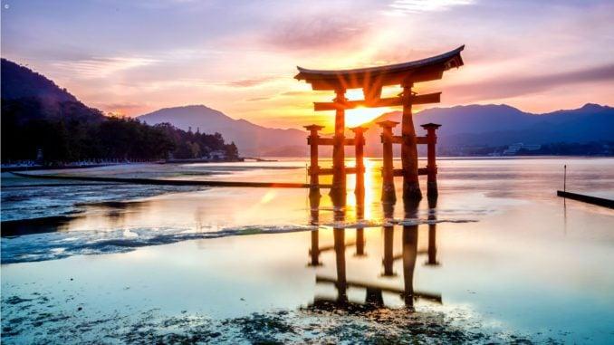 shrine-miyajama-island-japan