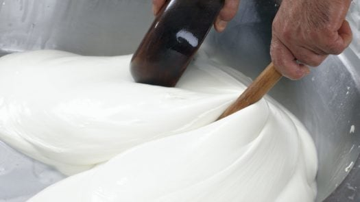 burrata-making-italy
