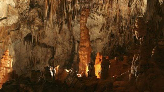 modric-cave-stalactities-stalagmites-croatia
