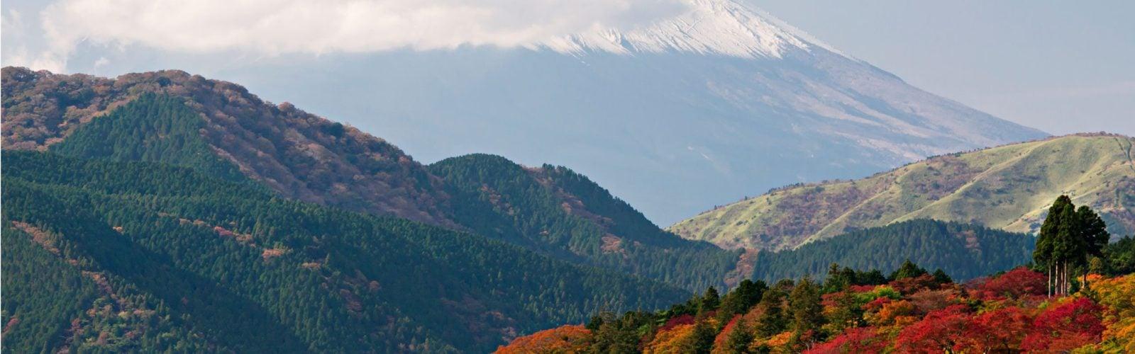 lake-ashi-mount-fuji-japan