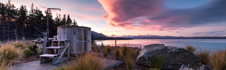 Mt Cook Lakeside Retreat spa, New Zealand