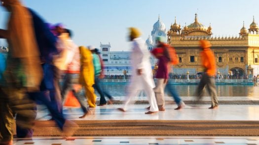 people-golden-temple-india