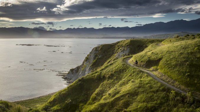 cycling-kaikoura-new-zealand