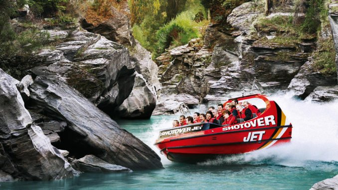 shotover-jet-boat-ride-new-zealand