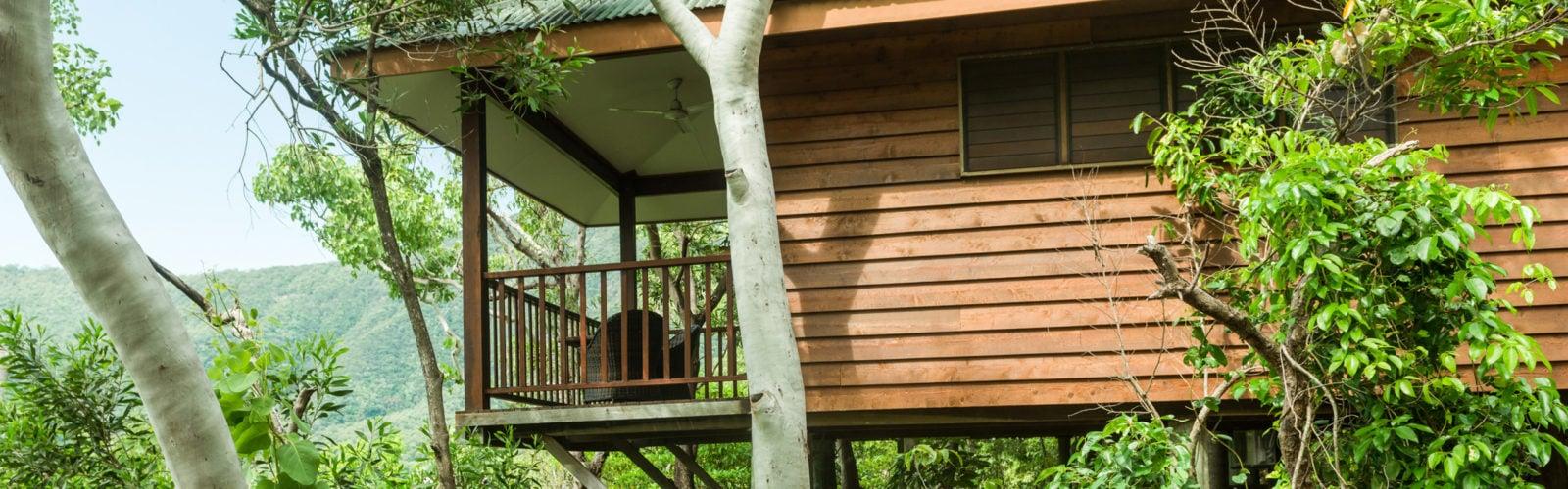 thala-beach-nature-reserve-bungalow