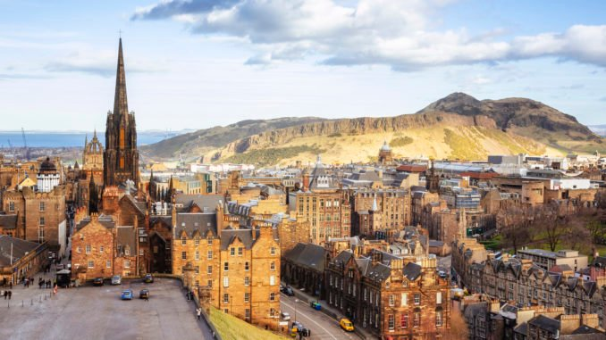 edinburgh-old-town-scotland