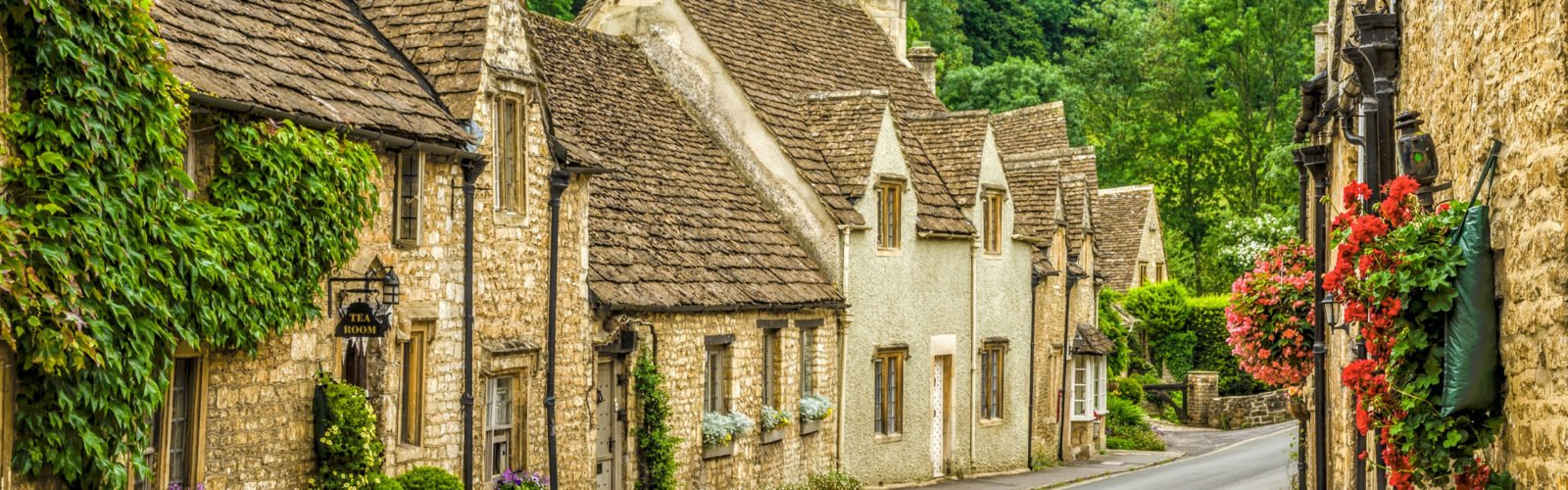 castle-coombe