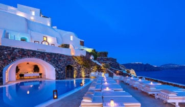 canaves_oia_suites_pool-deck