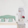 canaves_oia_suites_room