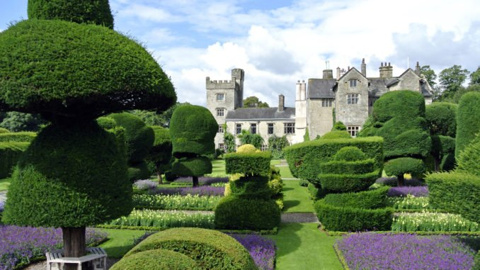 lake-district-levens-hall-exterior