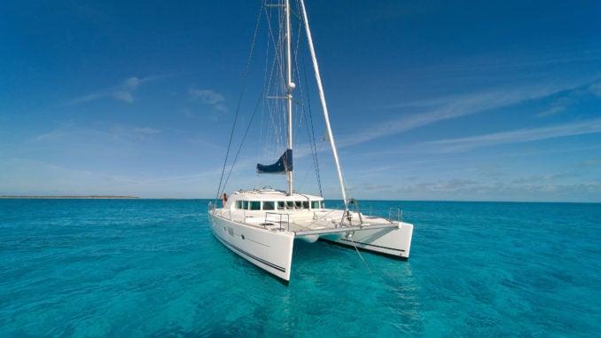 santorini-yacht