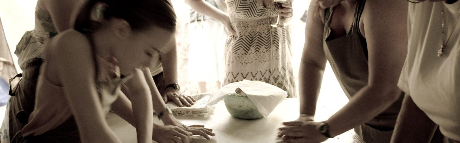 greece-cooking-dough