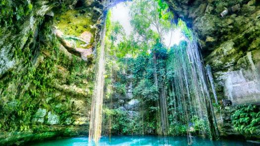 ik-kil-cenote-mexico-yucatan-peninsula