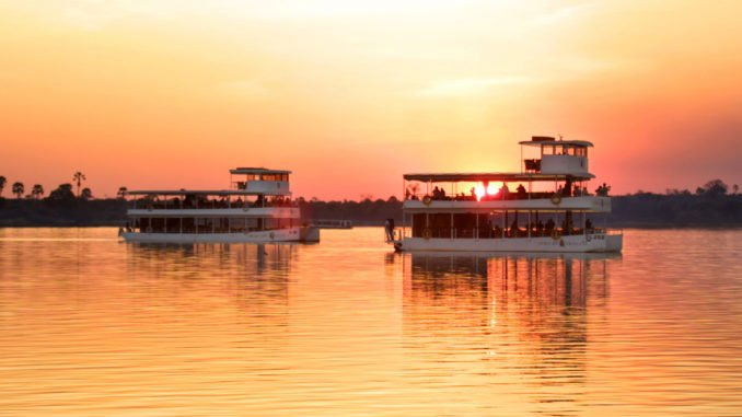 zambezi-africa-queen-cruise