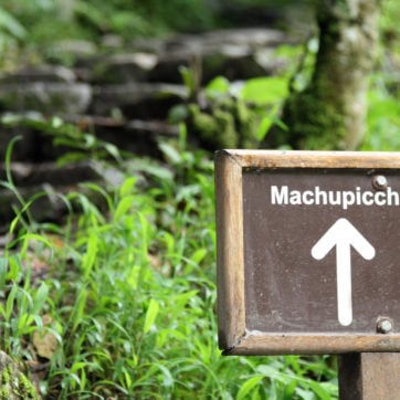 Sign on the Inca Trail to Machu Picchu