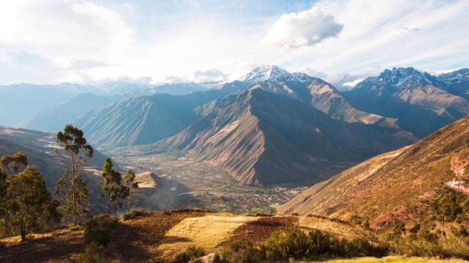 urubamba-river-sacred-valley-peru