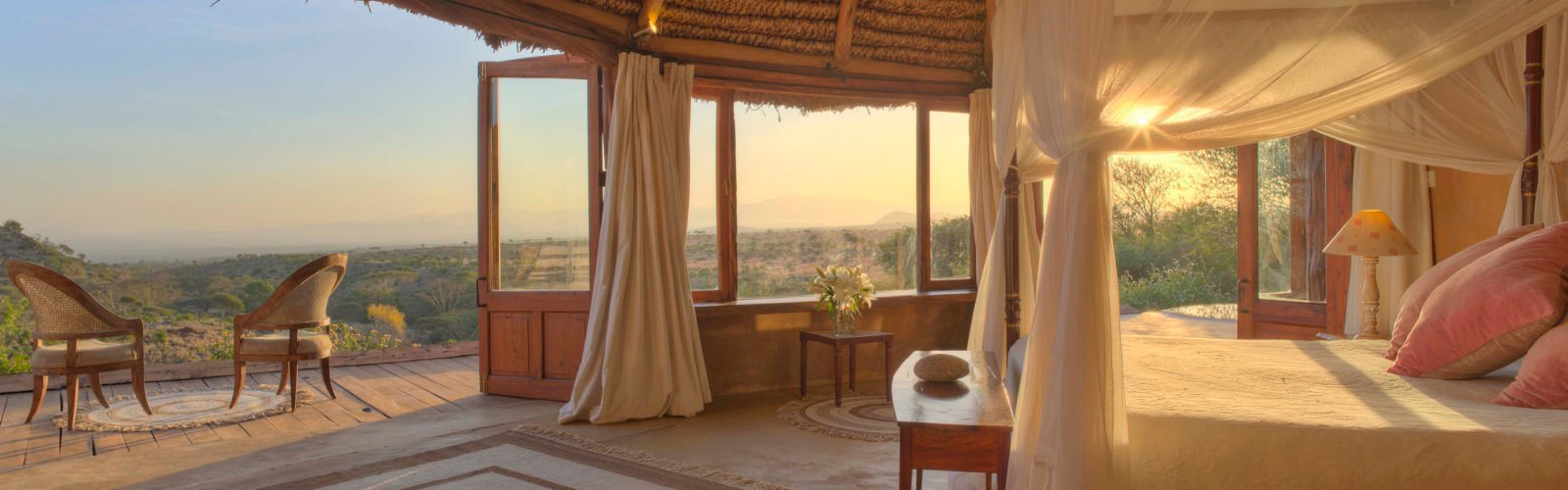 lewa-wilderness-bedroom-with-decking