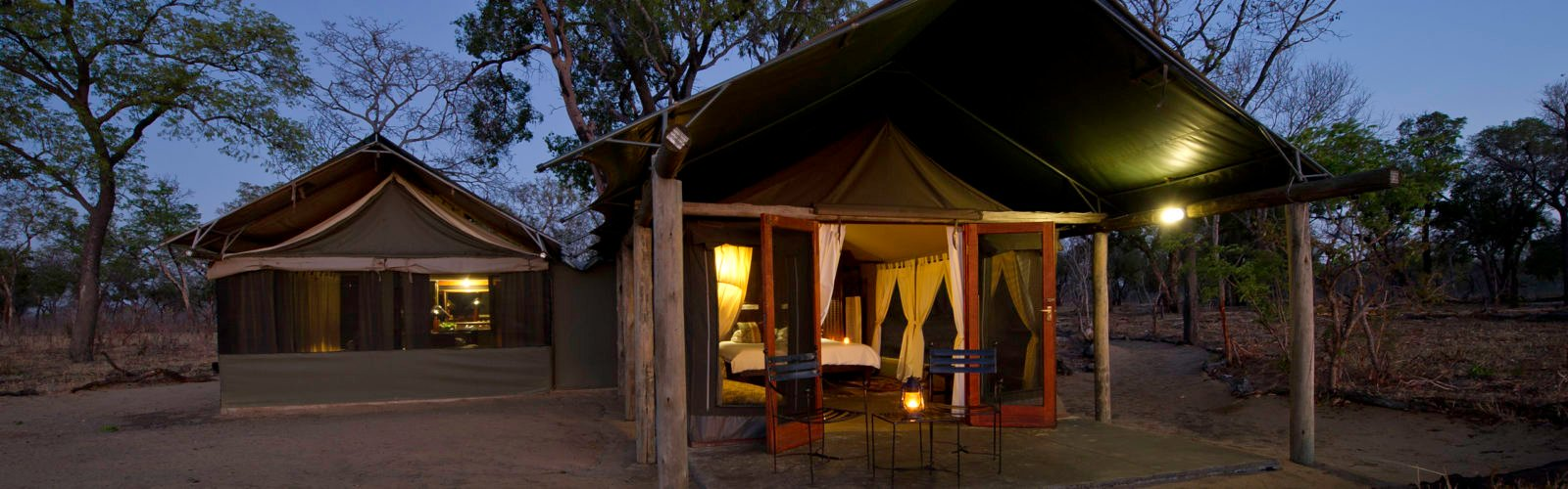 davisons-hwange-tent-night