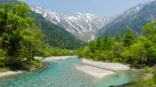 japanese-alps-river-and-mountain