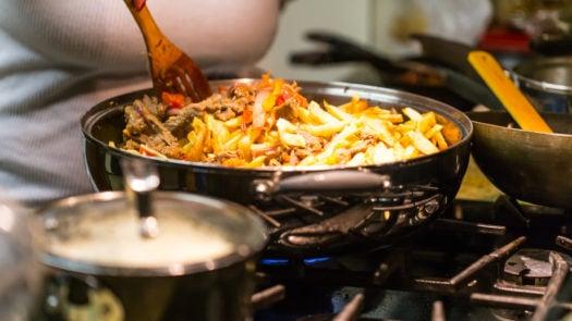 cooking-lomo-saltado