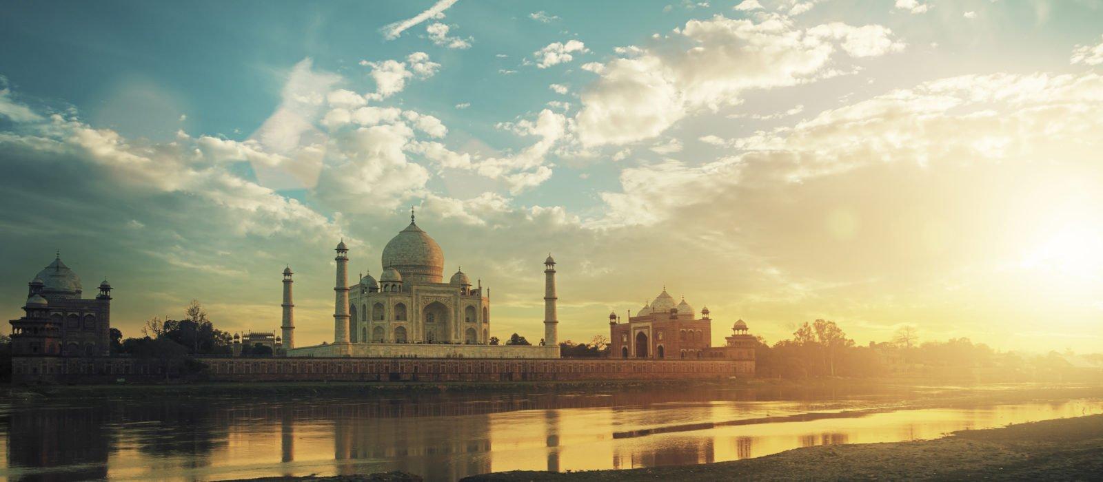 taj-mahal-sunset-agra-india