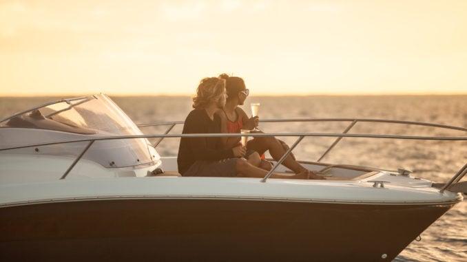 french-polynesia-sunset-cruise