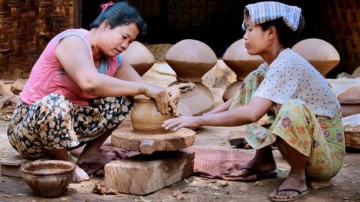 myanmar-pottery