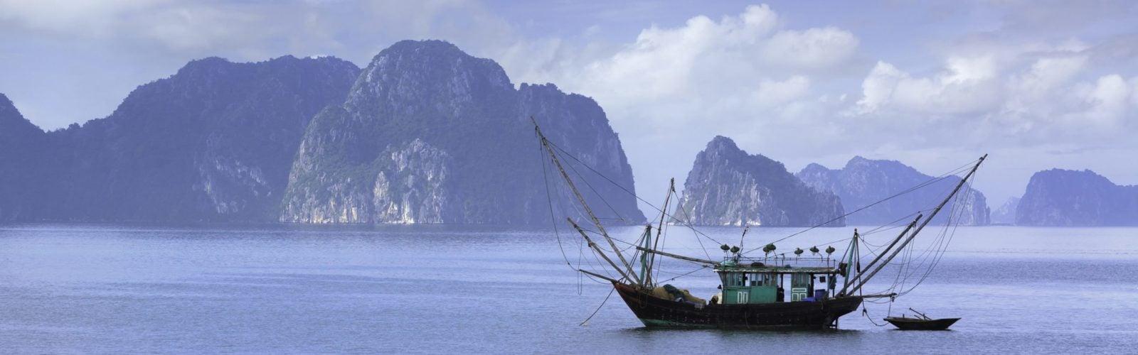 halong-bay-fishing-boat