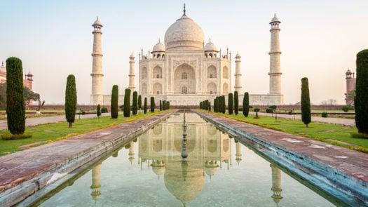 taj-mahal-sunrise-agra-india