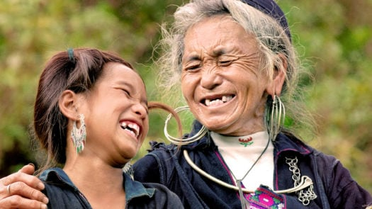 women-hill-tribe-sapa-vietnam