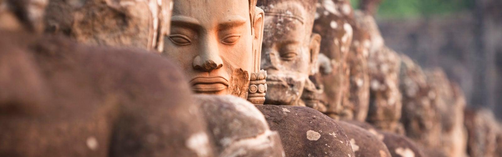 bayon-temple-faces-cambodia