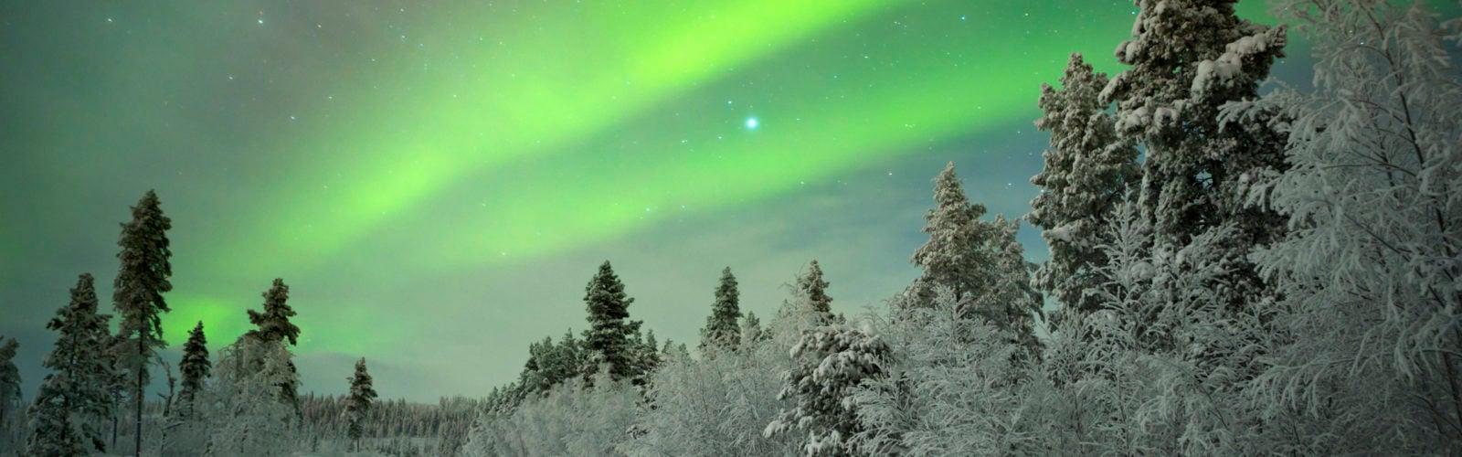 northern-lights-finnish-lapland