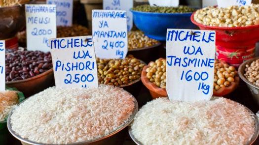 zanzibar-spice-market