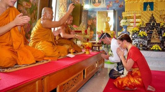buddhist-monks-ceremony