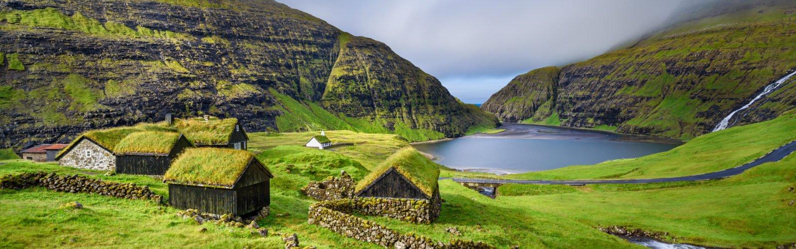 saksun-village-faroe-islands-denmark