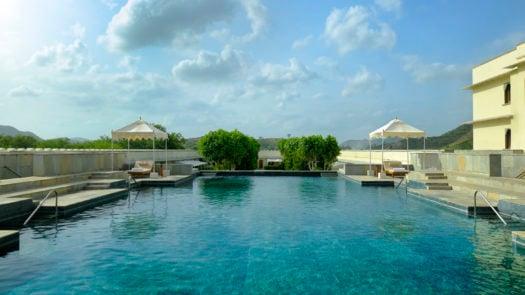 pool-raas-devigarh-luxury-romantic-getaway
