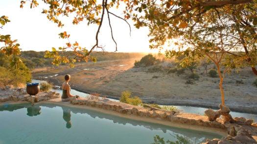 Meno a Kwena Pool View Sunset, Makgadigadi Pans, Botswana