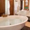 amanwana-tent-bathroom
