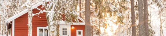 loggers-lodge-exterior-swedish-lapland