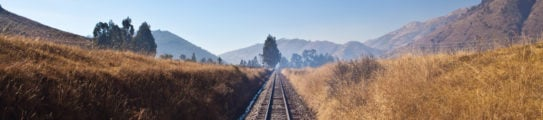 railroad-tracks-Cusco-Machu-Picchu