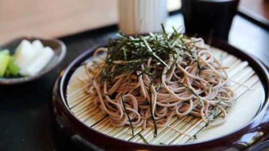 soba-noodles-japanese-food